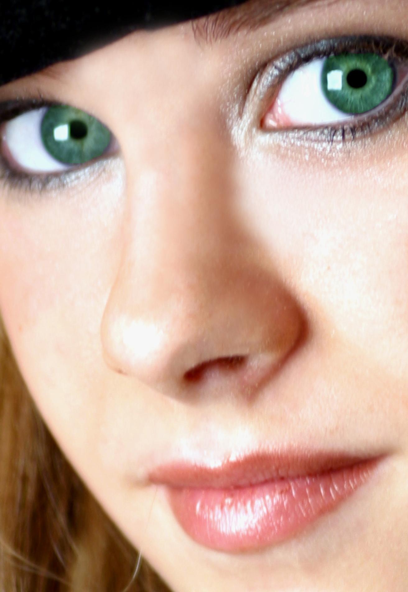 Comme enlever les taches de pigment sur la personne avec laide du laser